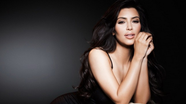 kim-kardashian-wallpaper-15